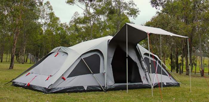 A breathable tent - Jet Tent F25DX 10 Person Camping Tent.