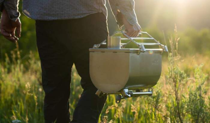This stove is nicely packable and portable.