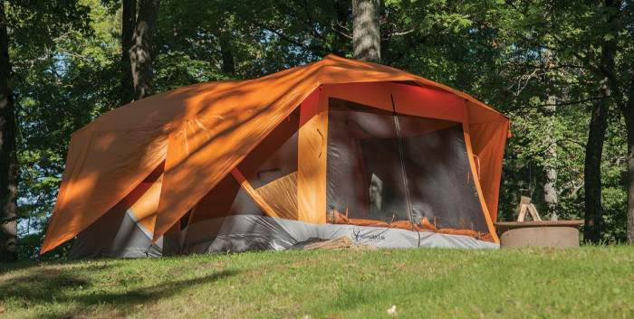 Gazelle 26800 T4-Plus Pop-Up Portable Camping Hub Tent.