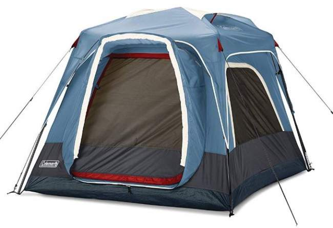 This is the 3-person tent's rear side and the door for connection with the 6-person tent.