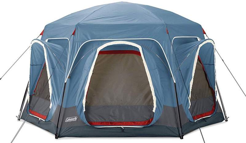 The back side with three windows that serve as connecting points with 3-person tents.