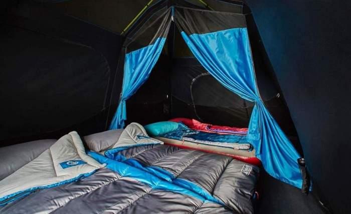 View inside - dark rest design.