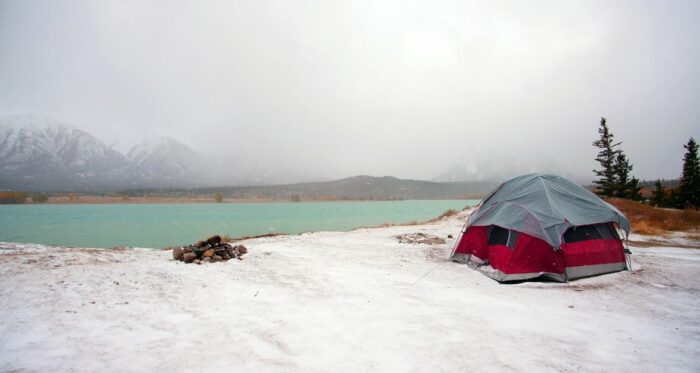 How to Stay Warm in a Camping Tent