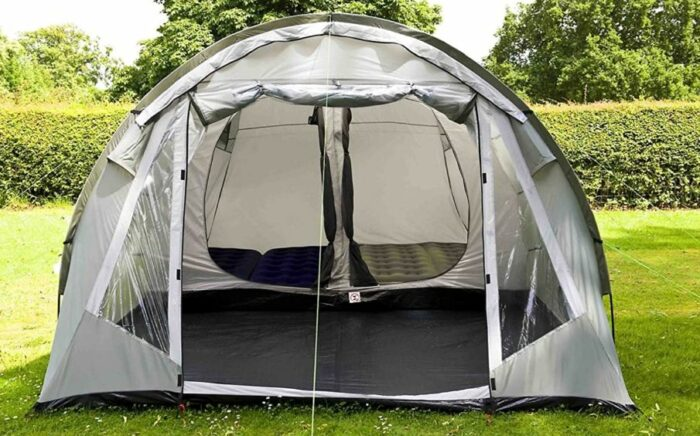 Front view showing the inner tent and the front living room.