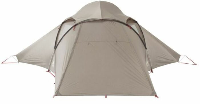 This is how the tent looks with the closed door.