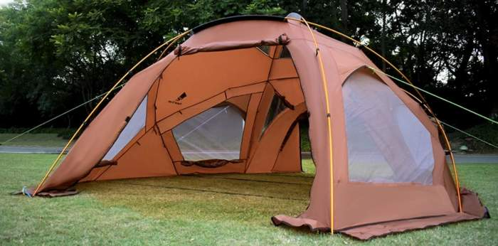 This is the shell used without the inner tent.