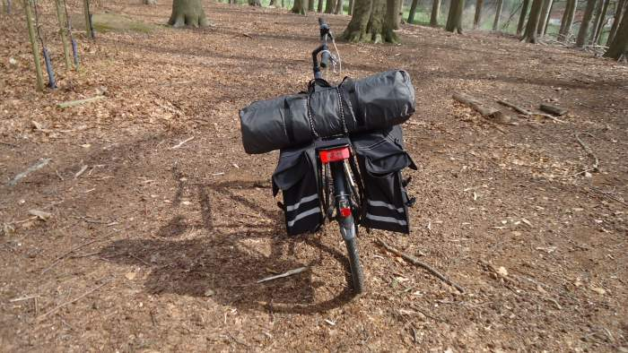 This is the YDYL screenhouse transported on my bicycle.