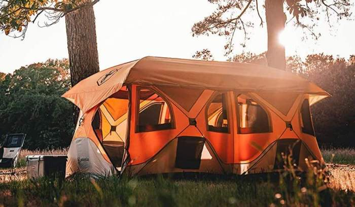 Gazelle T8 Pop-Up Hub Tent.